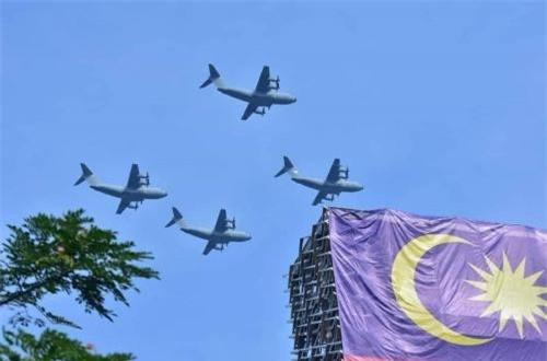 Biên đội máy bay vận tải lớn nhất Malaysia A400M Atlats nhập khẩu từ Airbus. Ảnh: Dambiev