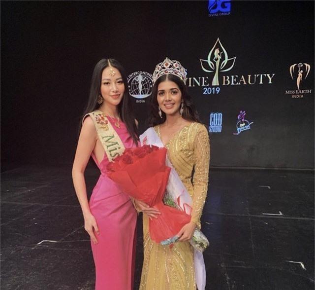Phương Khánh trao vương miện cho Miss Earth India 2019 - Ảnh 2.