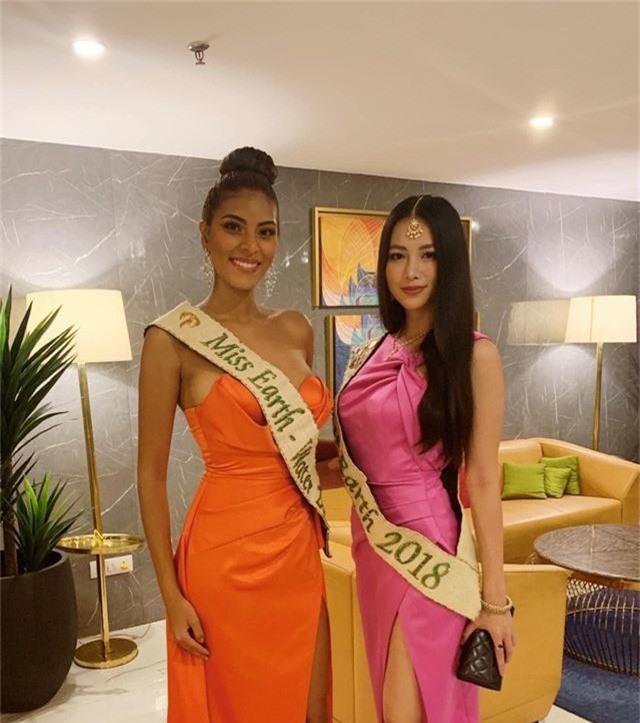 Phương Khánh trao vương miện cho Miss Earth India 2019 - Ảnh 3.