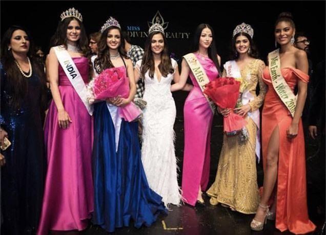 Phương Khánh trao vương miện cho Miss Earth India 2019 - Ảnh 4.
