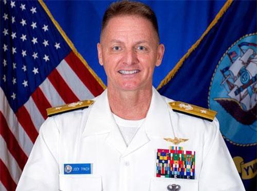 Chuẩn đô đốc Hải quân Mỹ Murray Joe Tynch III.