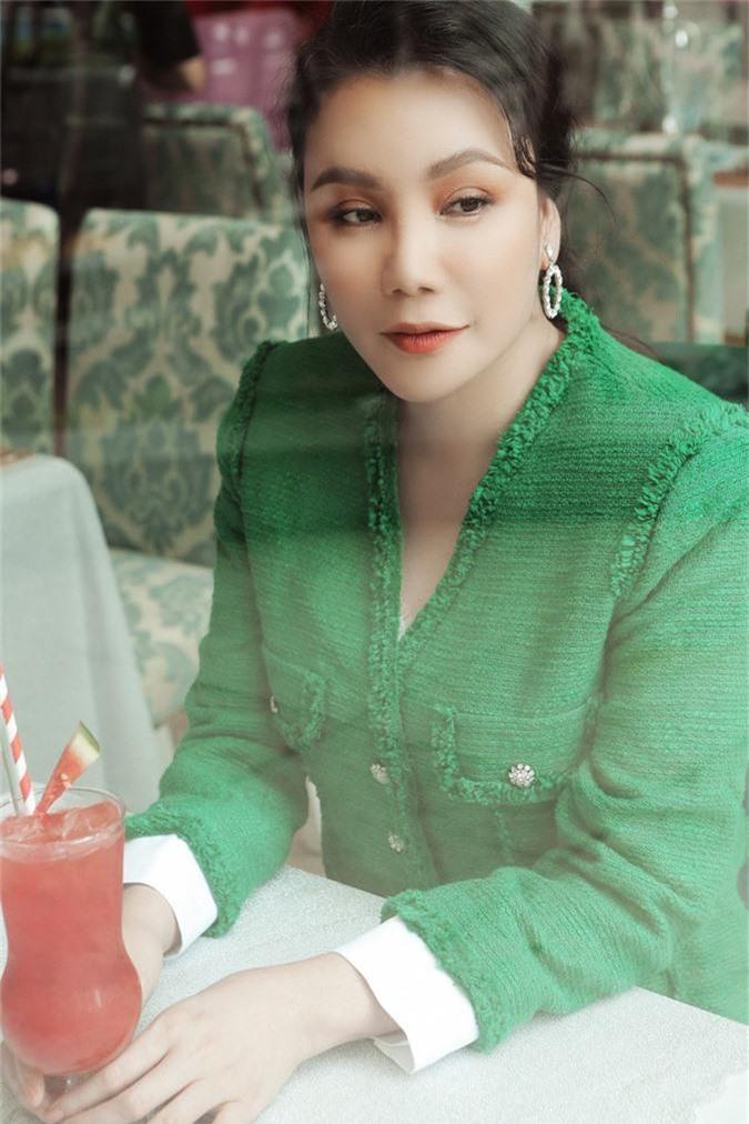 Không chỉ Lan Hương, nhiều sao Việt cũng từng gây tranh cãi vì nhan sắc ngày càng khác lạ