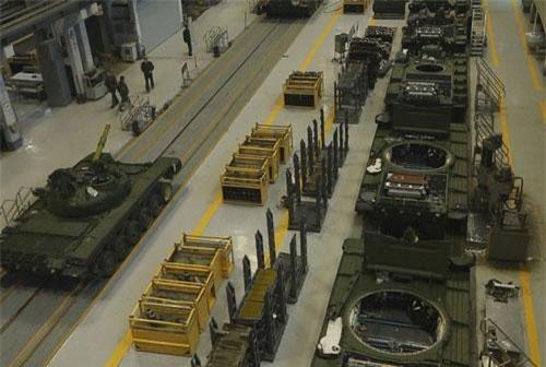 Trong năm 2018, trang Menadefense.net đã công bố một thông tin gây sốc, đó là Matxcơva cho phép quốc gia Bắc Phi Ai Cập được sản xuất xe tăng chiến đấu chủ lực T-90S và cả phiên bản xe tăng chỉ huy T-90SK tại chỗ.