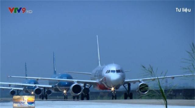 Vướng mắc về cơ chế, đơn vị nào sẽ sửa đường băng lún, nứt ở sân bay Nội Bài? - Ảnh 1.