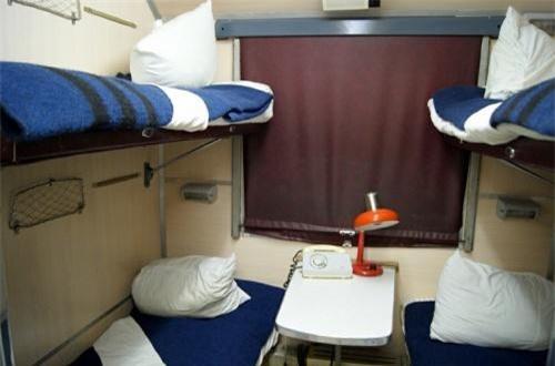 Bên trong đoàn tàu chở tên lửa hạt nhân được bố trí khá tiện nghi với khoang nghỉ ngơi cho kíp sĩ quan – binh sĩ bảo vệ, vận hành tên lửa. Ảnh: Wikipedia