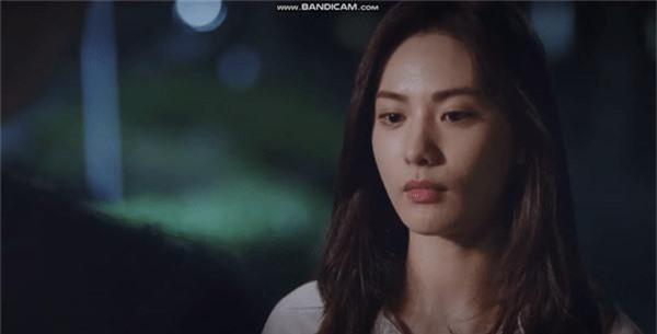 4 idol chao đảo màn ảnh Hàn nửa cuối 2019: Nhìn thành công của Hotel Del Luna ai dám bảo thần tượng flop? - Ảnh 11.