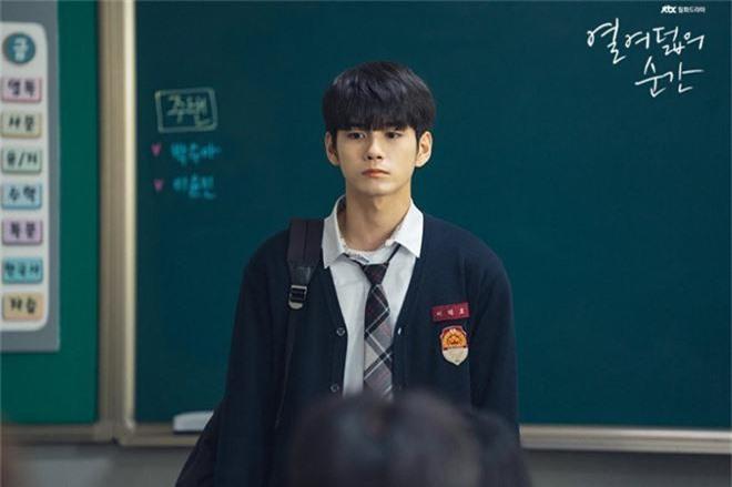 4 idol chao đảo màn ảnh Hàn nửa cuối 2019: Nhìn thành công của Hotel Del Luna ai dám bảo thần tượng flop? - Ảnh 7.