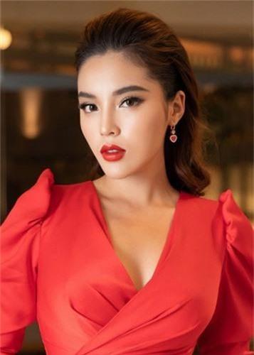 Phuong Thanh va loat con giap thu 13: Hanh xu the nao khi bi nem da?-Hinh-13