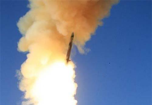 Theo AFP, Nhật Bản sẽ mua 73 tên lửa đánh chặn SM-3 Block IIA của nhà sản xuất quốc phòng Raytheon. Đây được coi là một trong số những tên lửa đánh chặn tối tân nhất hiện nay.