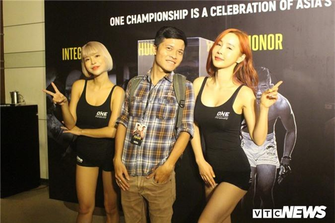 Anh: Ve dep van nguoi me cua cac thien than san vo ONE Championship hinh anh 4