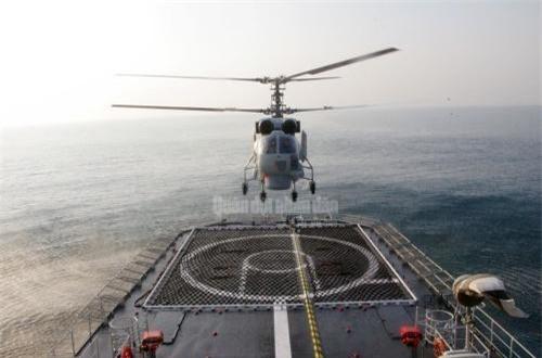 Đặc biệt, các trực thăng Ka-28 sẽ đi theo kèm hoạt động của 4 tàu hộ vệ hiện đại Gepard 3.9 Đề án 11661E mang tên 011 Đinh Tiên Hoàng, 012 Lý Thái Tổ, 015 Trần Hưng Đạo, 016 Quang Trung. Ảnh: Báo QĐND
