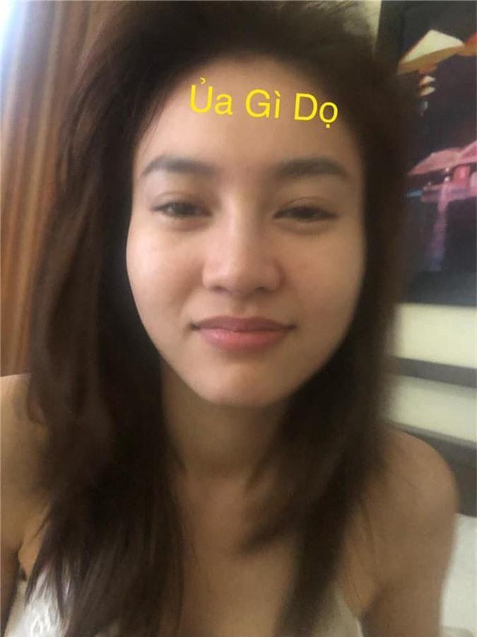 Ninh Duong Lan Ngoc va nhung lan tu tay 'pha nat' hinh tuong ngoc nu-Hinh-2