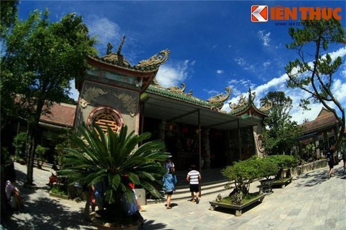Ve dep me hon cua chua Linh Ung tren dinh Ba Na-Hinh-6