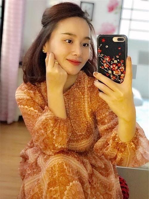 Vợ cũ MC Thành Trung - Sao mai Thu Phượng sau 8 năm ly hôn giờ ra sao? - Ảnh 2.