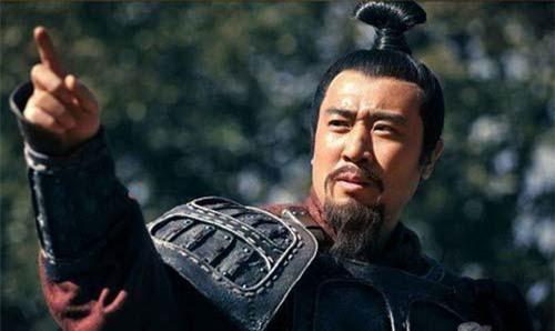 Lưu Bị truy cứu trách nhiệm những người đã không ứng cứu Quan Vũ.