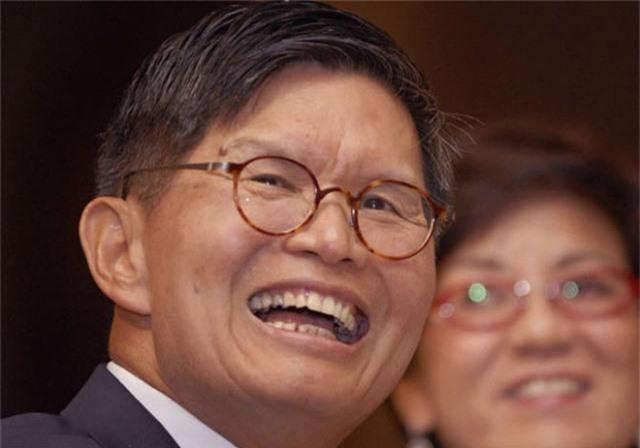 10 tỷ phú giàu nhất Singapore: 'Vua lẩu' Trung Quốc dẫn đầu - Ảnh 7.