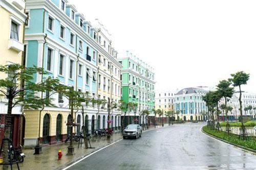 Dãy phố thuộc dự án Sun Premier Village Halong Bay tại Bãi Cháy đã đi vào hoạt động.