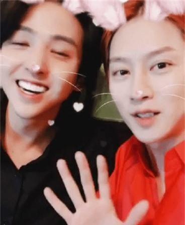 Heechul (Super Junior) bất ngờ hội ngộ Kibum sau nhiều năm, nhan sắc và độ hack tuổi của cả 2 nam idol U30 gây choáng - Ảnh 2.