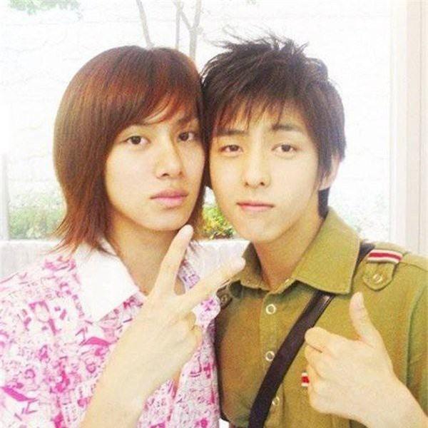 Heechul (Super Junior) bất ngờ hội ngộ Kibum sau nhiều năm, nhan sắc và độ hack tuổi của cả 2 nam idol U30 gây choáng - Ảnh 6.