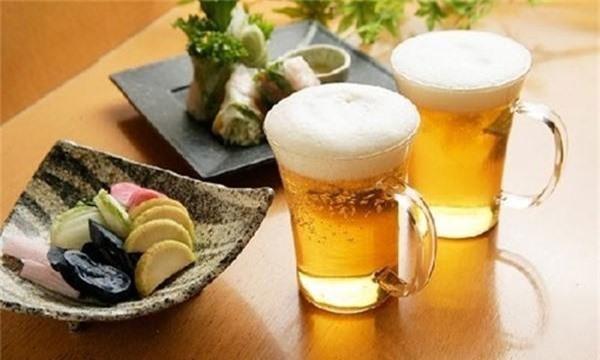 Bia giúp đồ gỗ sáng bóng