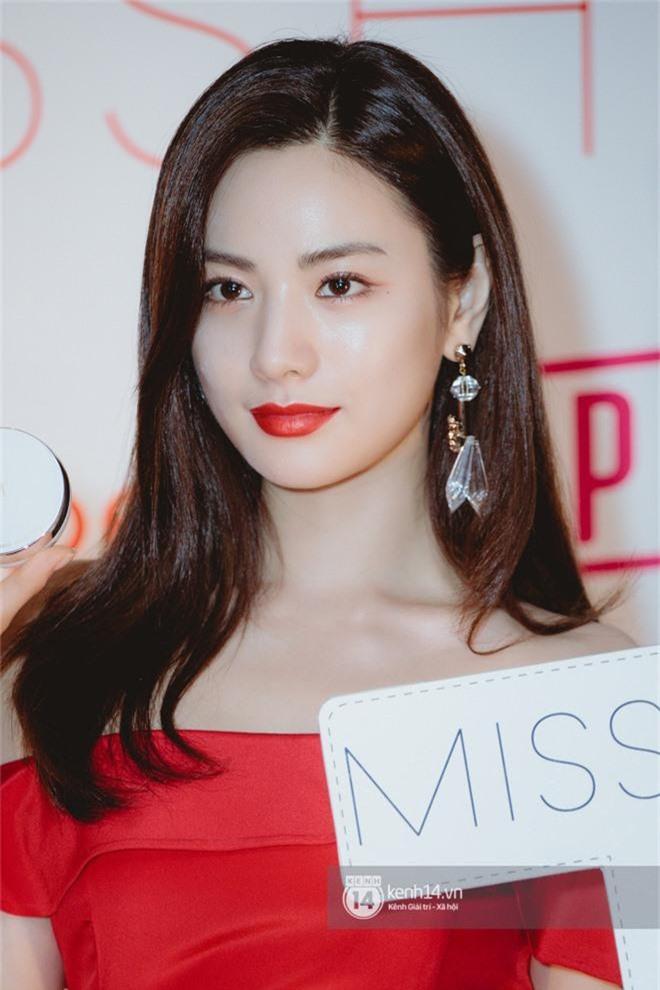Mỹ nhân đẹp nhất thế giới Nana gây sốt khi dự sự kiện ở Việt Nam: Nhan sắc, body ngoài đời có đỉnh cao như lời đồn? - Ảnh 4.