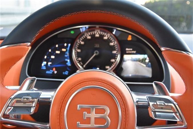 Sieu xe Bugatti Chiron ham ho voi than xe soi carbon xanh-Hinh-5