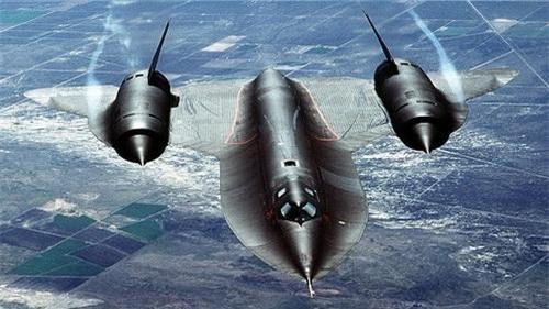 Máy bay trinh sát siêu thanh SR-71 Blackbird của Mỹ. Ảnh: Wikipedia.