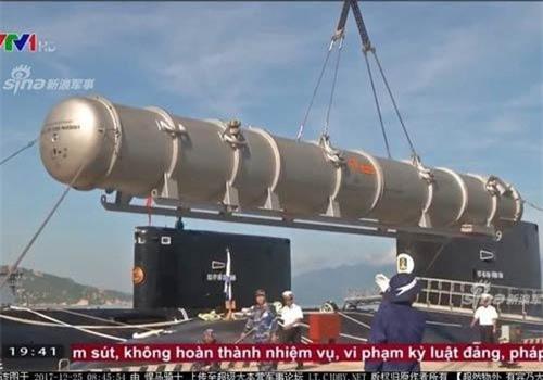 Tính tới thời điểm hiện tại, tên lửa Kalibr là mọt trong những dòng tên lửa hành trình nguy hiểm nhất Việt Nam đang có trong biên chế. Nguồn ảnh: VTV1.