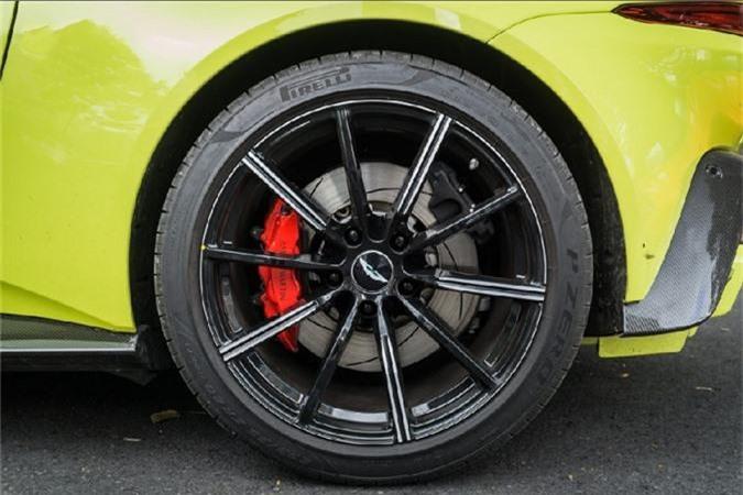 Sieu xe Aston Martin Vantage 15 ty lan banh o SG-Hinh-7