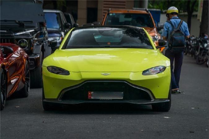 Sieu xe Aston Martin Vantage 15 ty lan banh o SG-Hinh-8