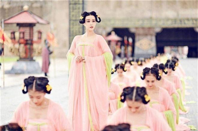 1001 quy tắc ân ái của Hoàng đế Trung Hoa: Con đường gian nan của các phi tần, mỹ nữ để đến với long sàng - Ảnh 3.