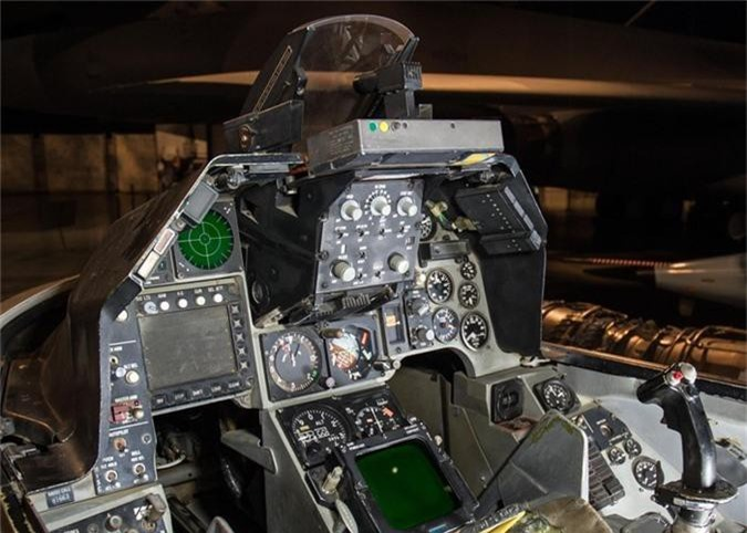 Dai Loan mua F-16 gia tram trieu USD, tu nhan My ban… 8,5 trieu-Hinh-4