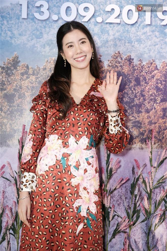 Jun Vũ khoe vẻ nóng bỏng trên thảm đỏ Thách Yêu 2 Năm, mỹ nhân Thái lép về với đầm da beo không thể địch lại! - Ảnh 2.