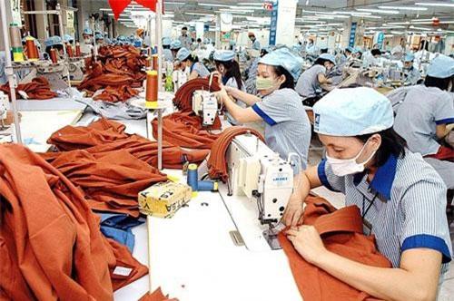 Cơ hội thách thức đan xen với ngành dệt may