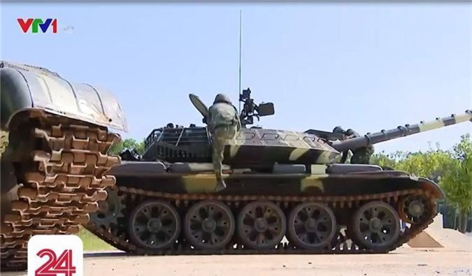 Chi tiet he thong ngam moi tren xe tang T-54M Viet Nam nang cap-Hinh-9