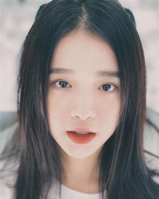 Linh Ka không hổ danh là hot girl Hà Thành, nhan sắc tuổi 17 thăng hạng điên đảo đến nỗi... thở cũng đẹp hết phẫn người khác  - Ảnh 5.