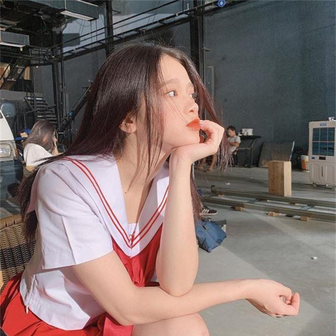 Linh Ka không hổ danh là hot girl Hà Thành, nhan sắc tuổi 17 thăng hạng điên đảo đến nỗi... thở cũng đẹp hết phẫn người khác  - Ảnh 7.