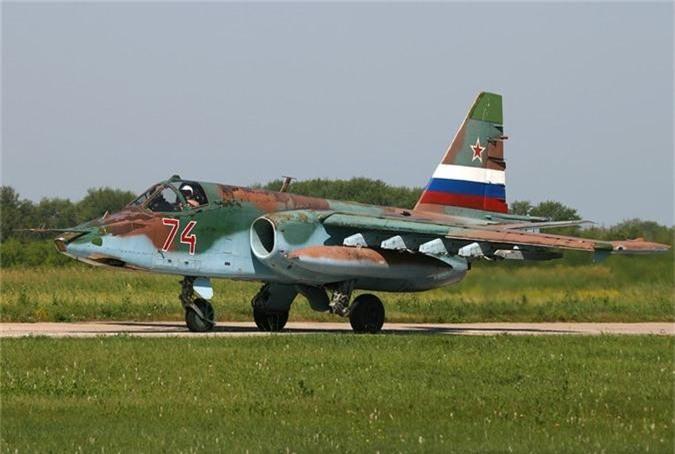 Cuong kich Su-25 roi tan tanh khien Nga dau dau tim nguyen nhan-Hinh-5