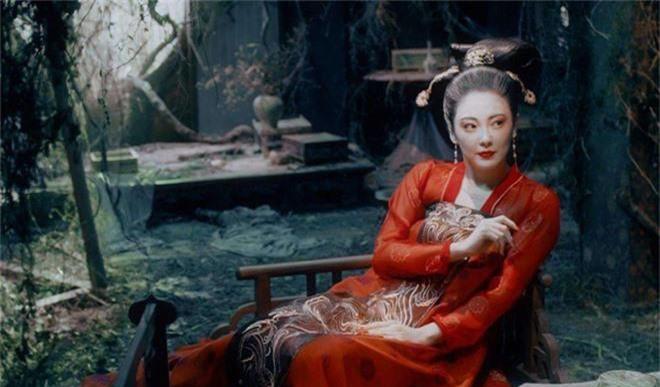 Gà cưng của Phạm Băng Băng - Bành Tiểu Nhiễm được khen vì màn hoá thân Yêu Miêu không thua đàn chị! - Ảnh 9.