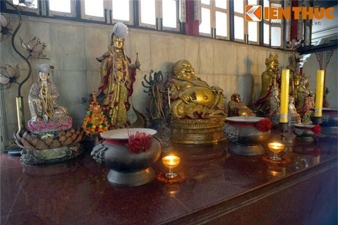Kham pha ngoi chua Viet lau doi nhat o Thai Lan-Hinh-10