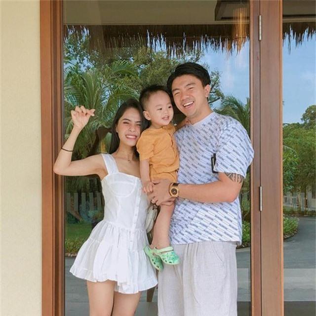 Người đẹp Việt có cuộc sống giàu sang sau khi kết hôn - Ảnh 12.