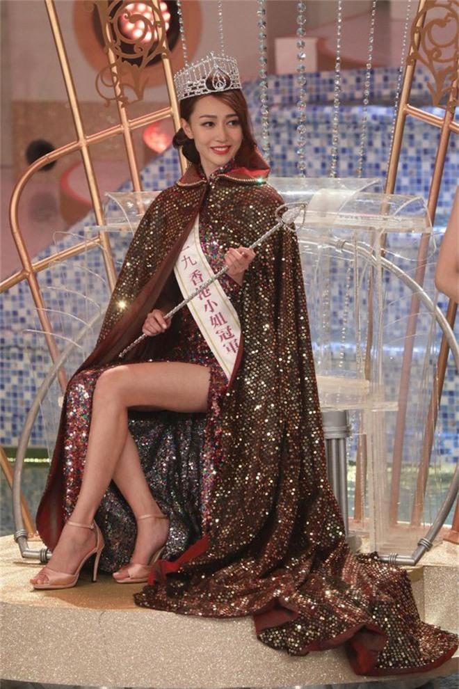 Tân Hoa hậu và 2 Á hậu Hong Kong vừa lên ngôi đã dính phốt: Kẻ tiểu tam giật bồ, người bị tố mua giải - Ảnh 3.