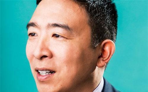 Doanh nhân Andrew Yang