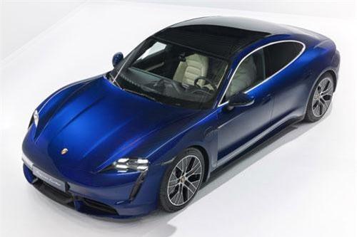 Porsche Taycan Turbo 2020.