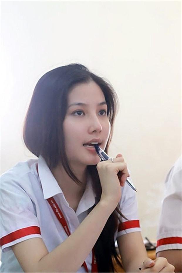 Ngắm loạt ảnh ngố tàu của sao Việt thời đi học: Ai cũng dậy thì thành công, thậm chí dính nghi án phẫu thuật thẩm mỹ - Ảnh 4.