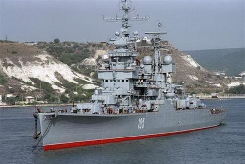 Tuần dương hạm Mikhail Kutuzov lớp Sverdlov - Dự án 68 bis của Hải quân Liên Xô. Ảnh: Sputnik.