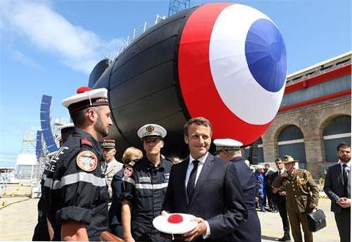 Tổng thống Pháp dự lễ ra mắt tàu ngầm Suffren. Ảnh: Getty