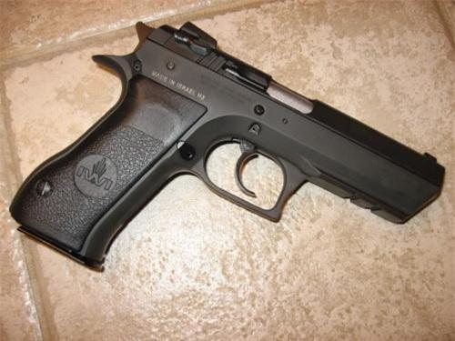 Súng ngắn Jericho 941 dùng trong tổ hợp súng bắn góc khuất do Israel sản xuất. Ảnh: Tập đoàn IWI.