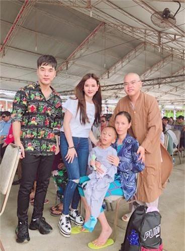 Chong Thu Thuy the nao sao on ao bao hanh con rieng cua vo?-Hinh-8