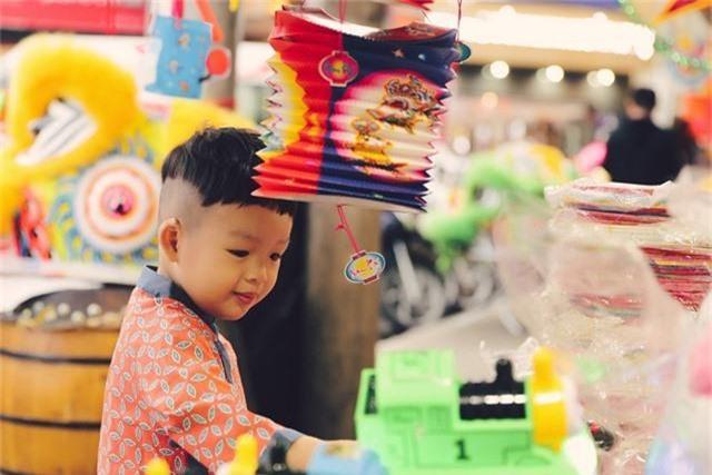 Làm mẹ đơn thân, Dương Cẩm Lynh cố vun vén cho con một tuổi thơ êm đẹp - 5